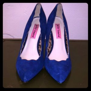 Betsy Johnson blue suede shoes